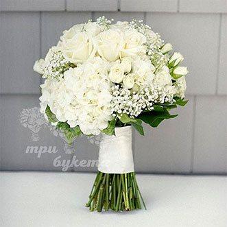 Букет невесты из кустовых роз и гортензий