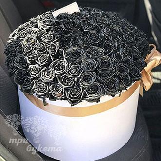 Букет из 101 черной розы в шляпной коробке