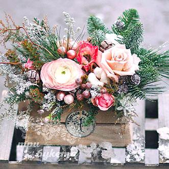 Цветы на новый год в ящичке
